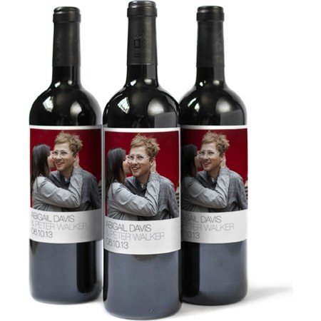 Custom Wine Label with Modern Font