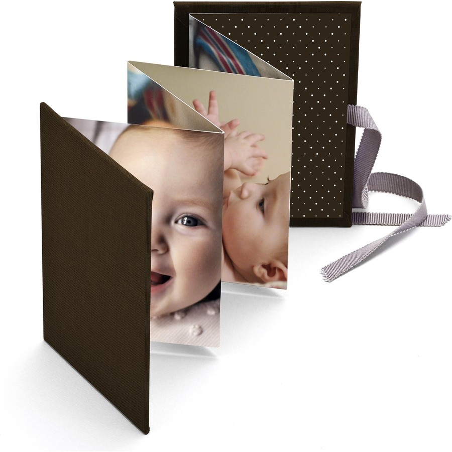 Brag Book with Brown Fabric