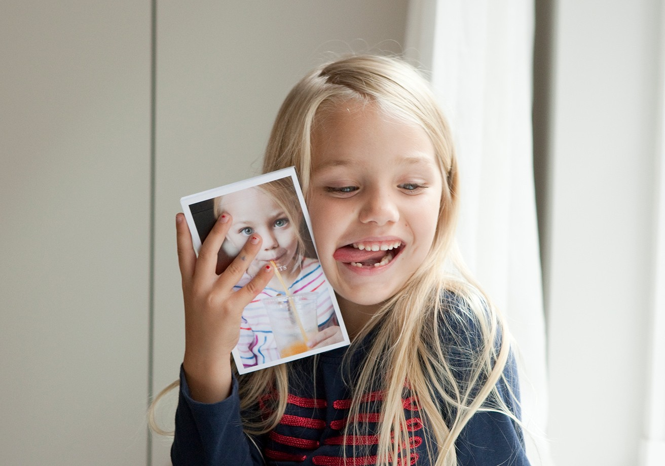 Spreading Smiles Near & Far with beautifully simple photo gifts