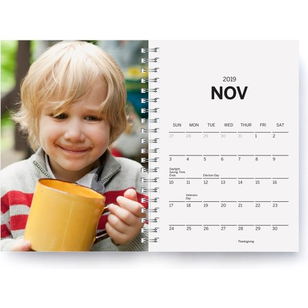 2019 Softcover Photo Day Planner, Gray Month Detail