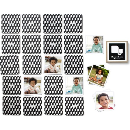 Black and White Memory Game